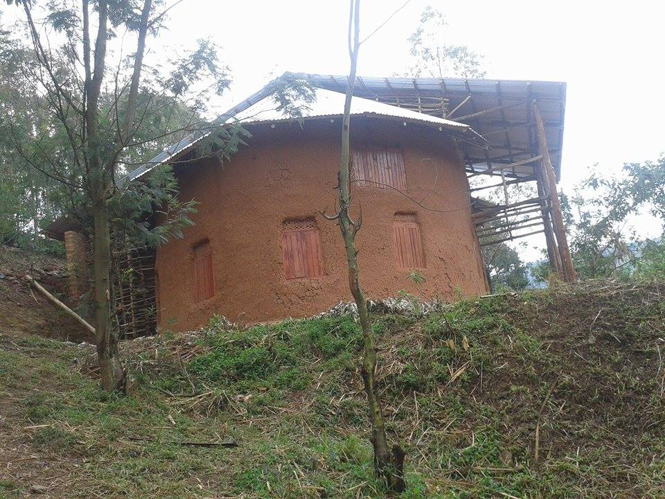 front  left view of the Orutindo hut after new roof.